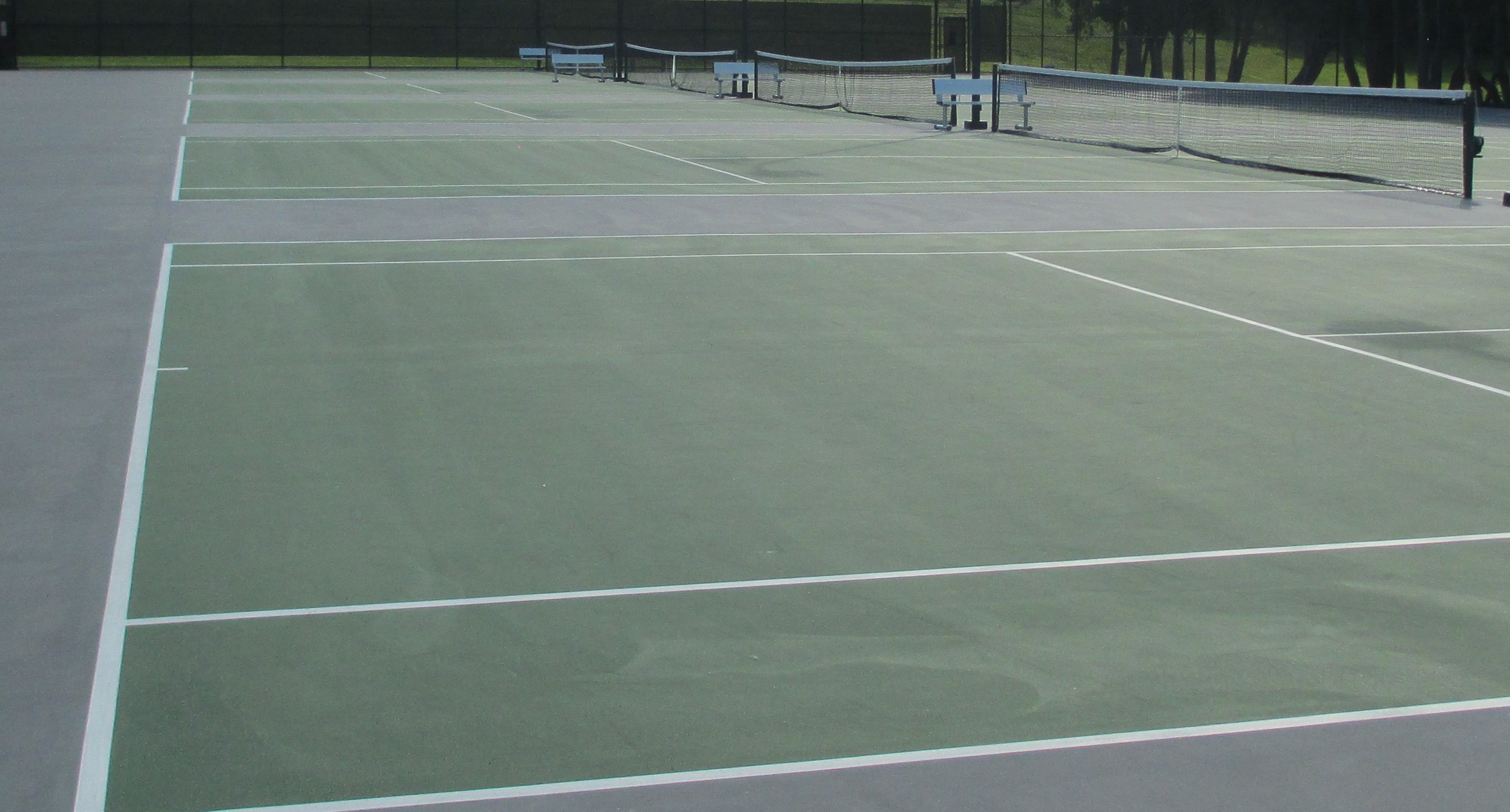 Macdonough Hall Tennis Court Resealed