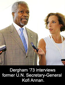 Photo of SUNY Plattsburgh alumna Raghida Dergham interviewing Kofi Annan