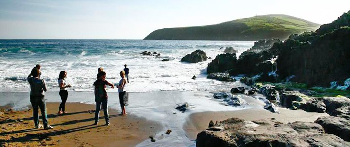 Photo of Meg Griswold and friends enjoying the view from the southwest coast of Ireland