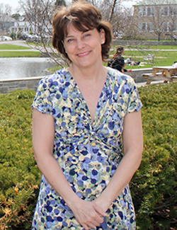 Photo of Colleen Lemza