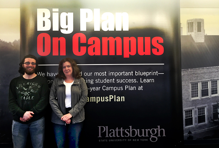 Photo of  undergraduate student Aaron Baltich-Schecter '17 (left) and graduate student Kimberly Bailey '16