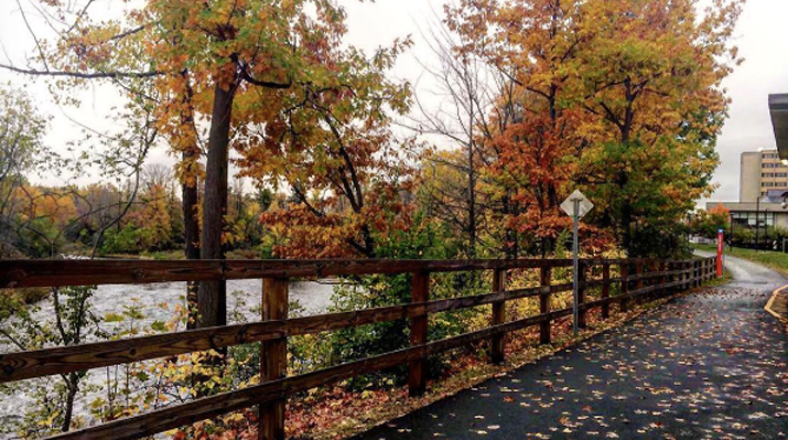 Photo of SUNY Plattsburgh camnpus in Fall by lucy.eny