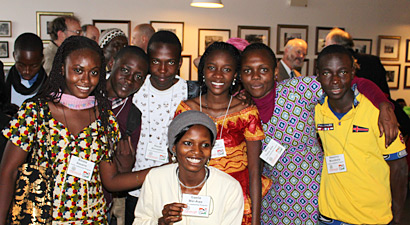 Photo of of students visiting from Africa