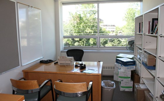 Photo of faculty office space in the new Business and Computer Science building