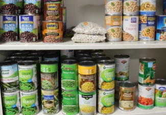 Campus Food Shelf Meeting Student Needs