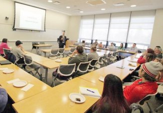Alumni in Classroom Experience Visits Slated Throughout Spring Semester