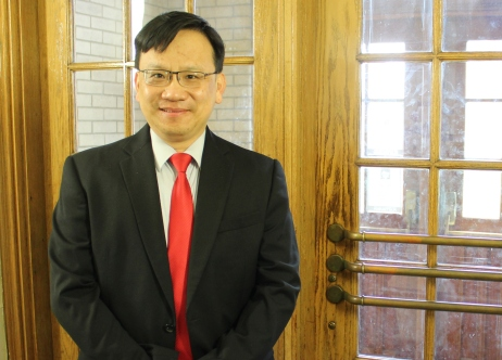 Accounting Professor Jason Lee Promoted to Rank of Distinguished Teaching Professor